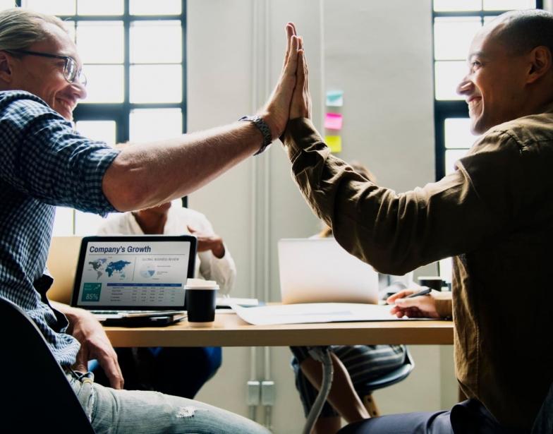 Salesforce Partner SKYVVA Dienstleistung